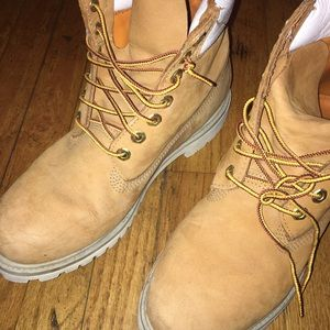 Timberland Shoes - SALE!! White Accent Timberlands